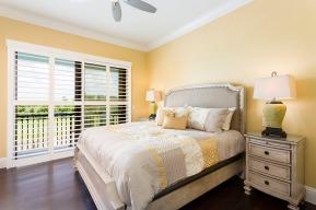 master-bed-5-retreat